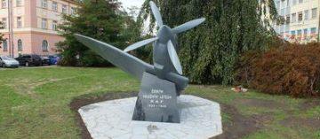 Pomník českým válečným letcům RAF