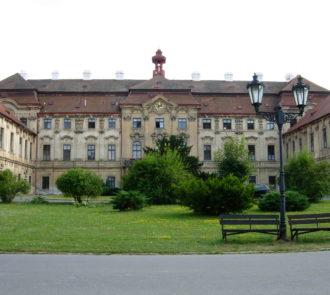 Barokní zámek Tábor-Měšice